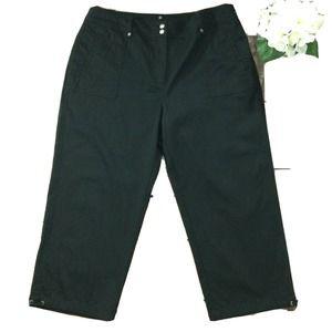 Chicos Pants size 16 new Black Capris